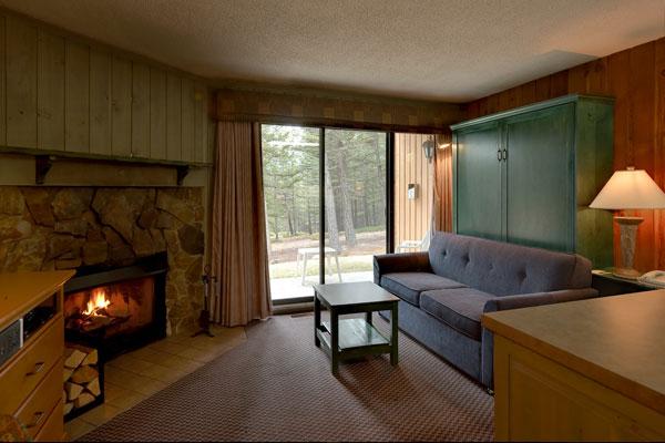 One Bedroom Condo Douglas Fir Resort Amp Chalets Banff Canada